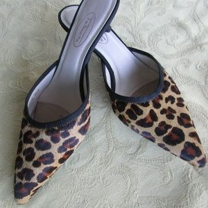 Stunning Talbots Leopard Animal Print Shoes 5 1/2